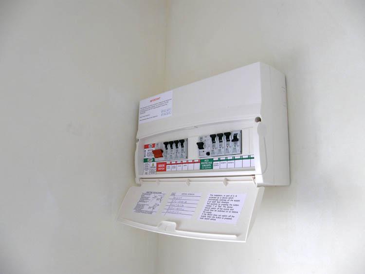 Electrician Bath