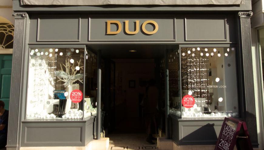 Simon Davies Shop Fitting duo bath