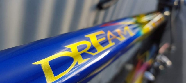 Colnago Dream top tube extreme paint