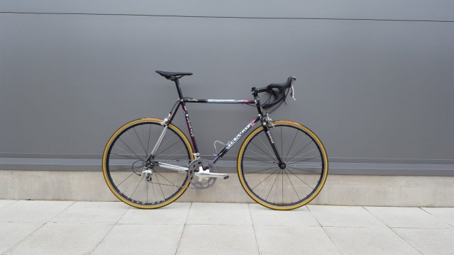 Colnago Tecnos fitted with new Vittoria cora tyres