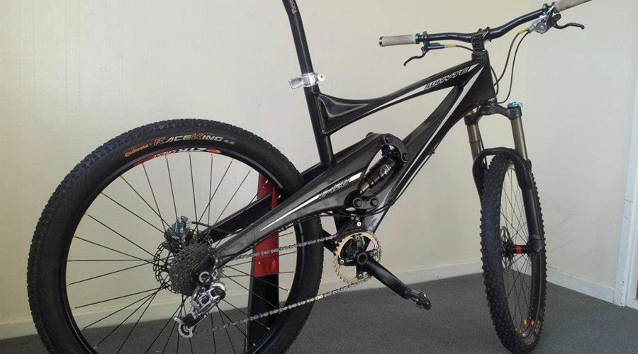 Whyte E120, 120mm travel full carbon trail bike