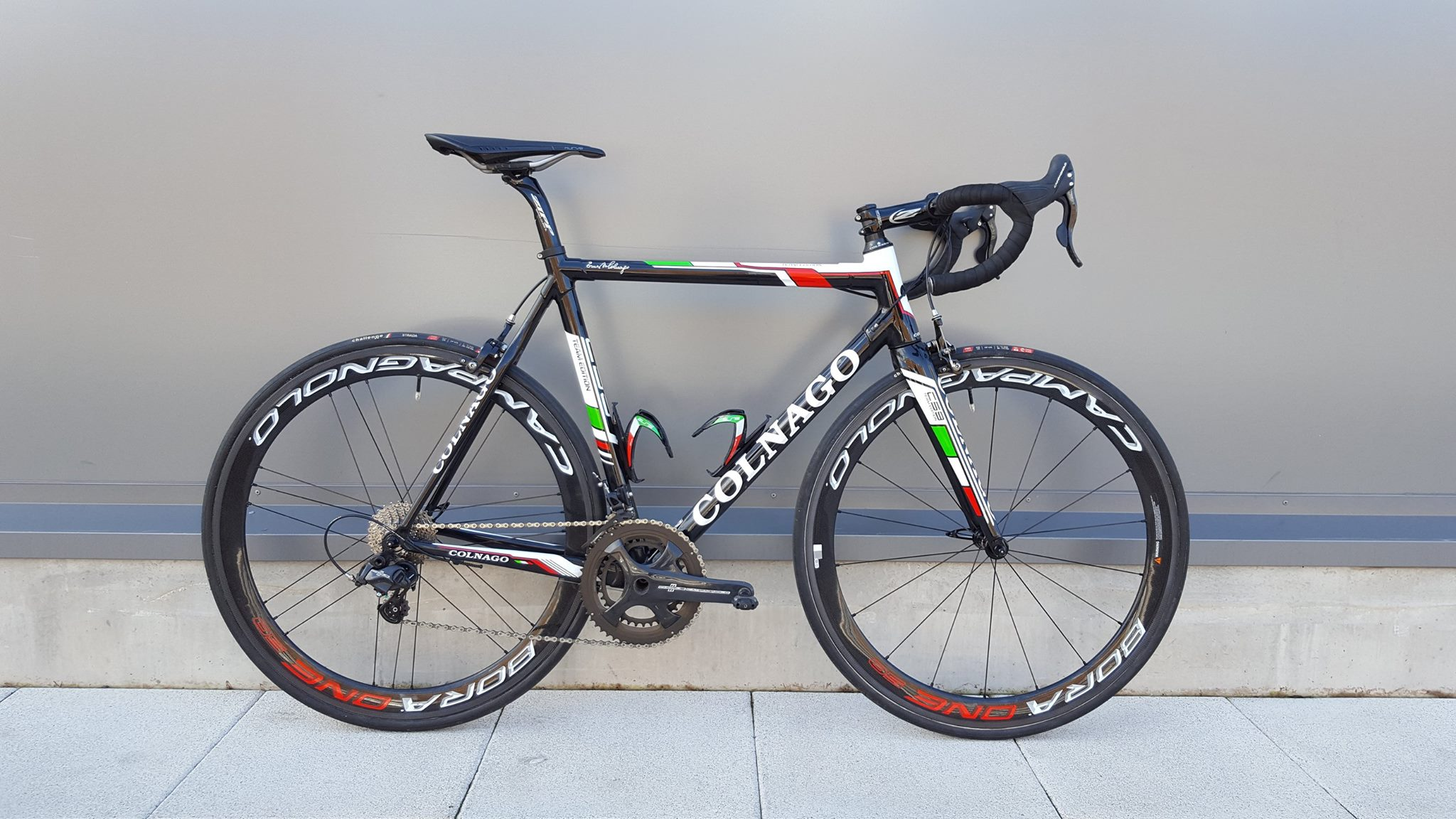 Colnago C59 with Campagnolo Bora One wheels