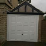 Bath steel garage door2