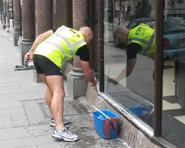 Window Cleaning Bath