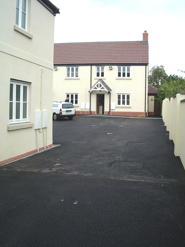 houses-parking03